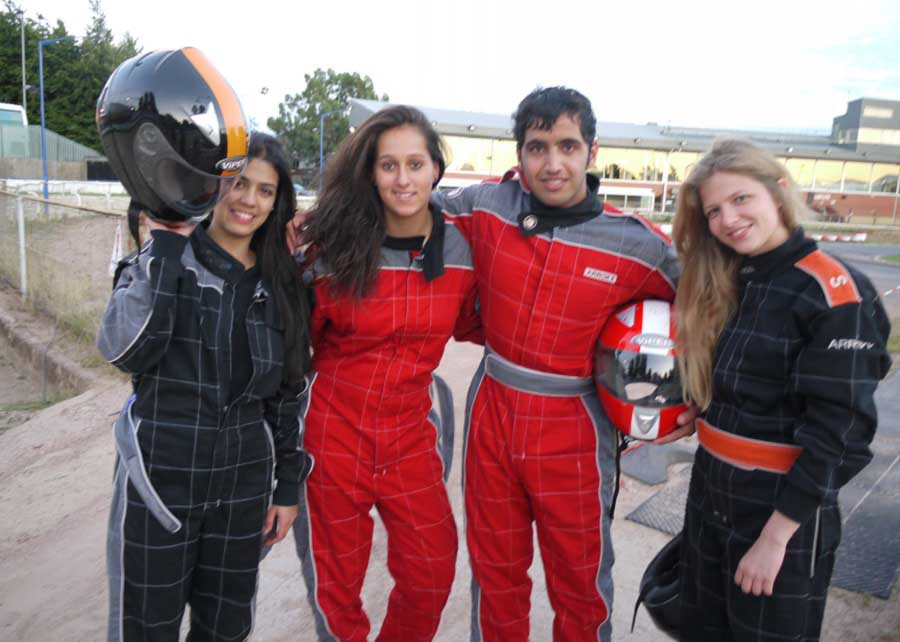 adults-excursions-go-karting-drivers