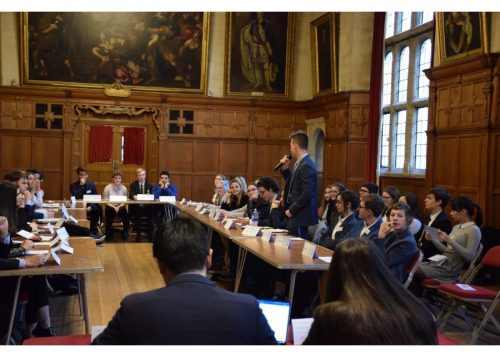 Presentation at the Model United Nations Oxford