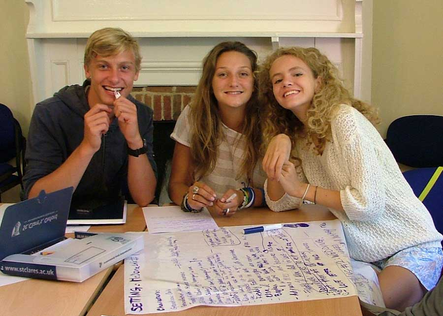 Summer English Courses For Teenagers 15-17   St Clare's Oxford on Small:zikqrscfop8= Teenage Girls  id=61551